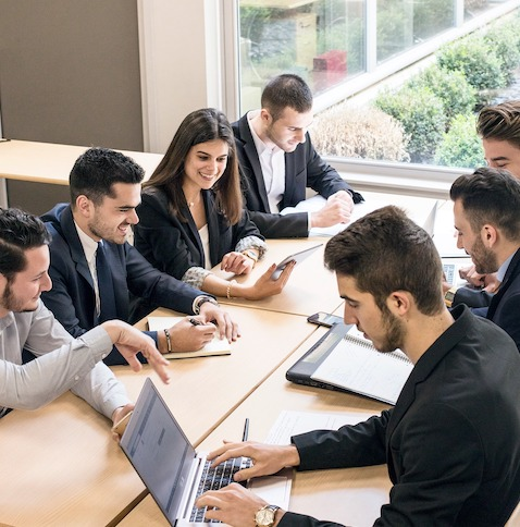 Formation Mastère Pro Ingénieur d'Affaires et Business Developper