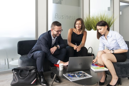 euridis-ecole-commerce-vente-negociation-BtoB- digital-business-1-min (1) (2)